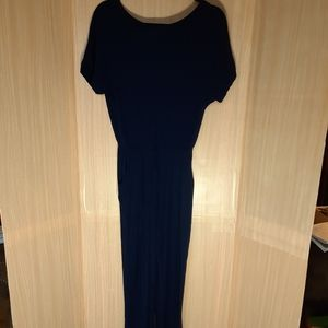 Gilli knit jumpsuit with pockets.  Size med.